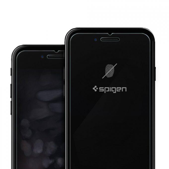 iPhone 7:7 Plus用ガラスフィルム「GLAS.tR SLIM」の3日間限定セール3