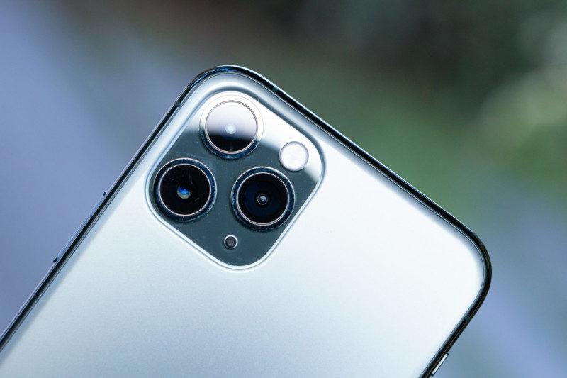 トリプルカメラ(iPhone 11 Pro)