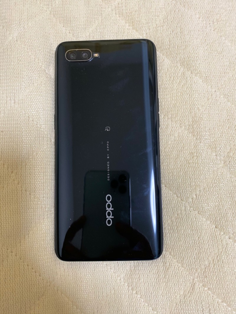 OPPO Reno A背面やつ