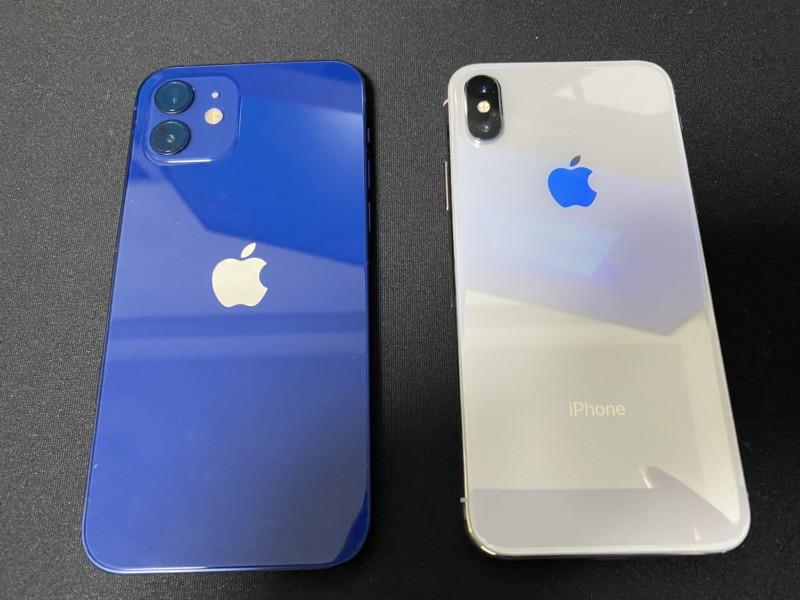 iPhone12とiPhoneX背面