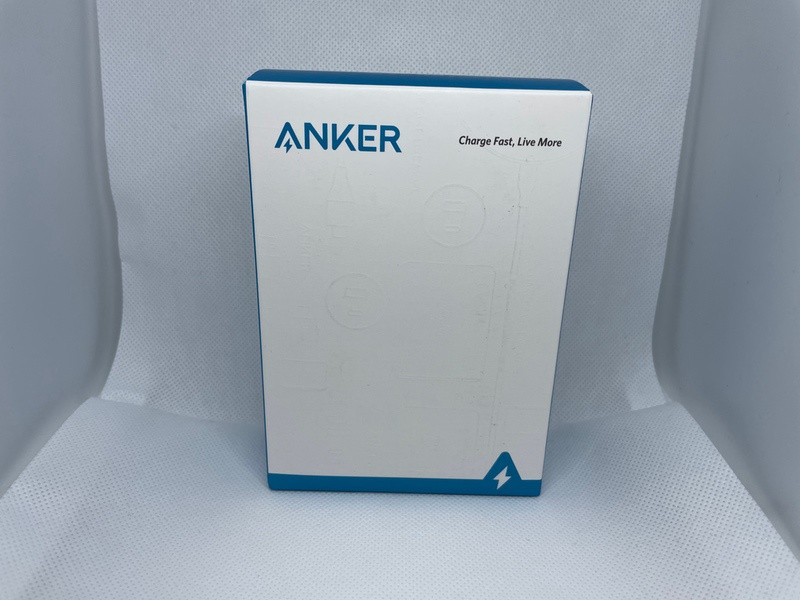 Anker PowerCore Fusion 10000箱