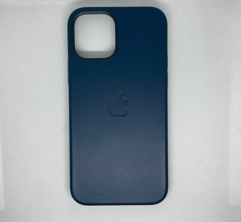 MagSafe対応iPhone 12 | iPhone 12 Proレザーケース - バルティックブルー外側