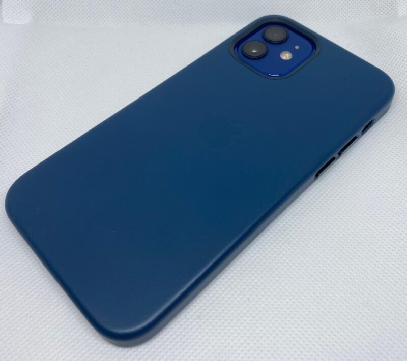 MagSafe対応iPhone 12 | iPhone 12 Proレザーケース - バルティックブルーレビュー